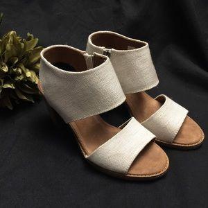 Toms- Sandals- Heel, cream with tan, Size: 6.5
